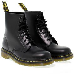 Dr Martens Low Boots (695 RON) ❤ liked on Polyvore featuring shoes, boots, ankle booties, обувь, black, botas, black leather booties, black leather ankle booties, black platform boots and black platform booties