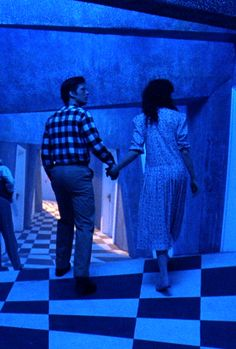 Beetlejuice (1988) Tim Burton Style, Tim Burton Films, Film Aesthetic, Blue Aesthetic, Scary Movies, Good Movies, Movies Showing, Movies And Tv Shows, Beetlejuice Movie