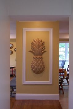 Wood Carved Onlay - Carved Classic Pineapple
