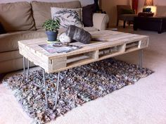 Hairpin pallet table