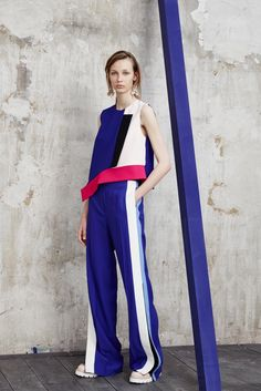 http://www.style.com/slideshows/fashion-shows/resort-2016/msgm/collection/36