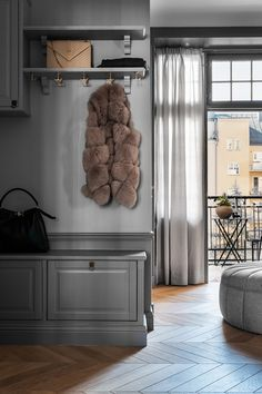 Inside a Refined Stockholm Apartment in Shades of Grey - Nordic Design Classic Home Decor, Classic House, House Doctor, Built In Cabinets, Grey Cabinets, Plywood Furniture, Decor Interior Design, Interior Decorating, Grey Hallway