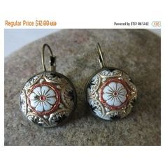 Sale Floral Glass Earrings, Drop Style Bronze Earring, White Flower... ($10) ❤ liked on Polyvore featuring jewelry, earrings, white flower earrings, vintage drop earrings, glass drop earrings, long drop earrings and cabochon earrings
