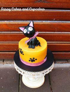 Birthday Cat - Cake by Sassy Cakes and Cupcakes (Anna)