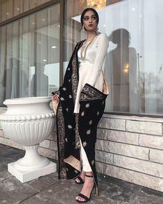 Indian Fashion Dresses, Pakistani Dresses Casual, Dress Indian Style, Pakistani Bridal Dresses, Pakistani Dress Design, Fashion Outfits, Eid Outfits, Indian Wedding Outfits, Indian Outfits