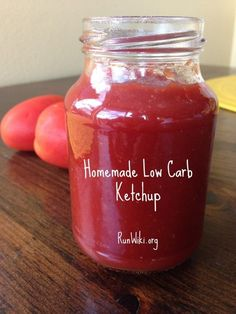Low Carb Recipes DIY Homemade Low Carb Ketchup- Although tomatoes do contain some natural sugar, this condiment recipe has no added - Replace unhealthy store bought Ketchup with this easy recipe. Keto Sauces, Low Carb Sauces, Low Carb Recipes, Healthy Recipes, Chutney, Low Carb Ketchup, Condiment Recipe, Low Carbohydrate Diet, Natural Sugar