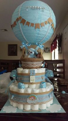 Más Recetas en https://lomejordelaweb.es/ | Baby shower boy hot air balloon diaper cake