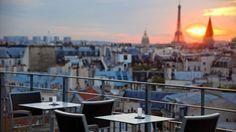 Dans la série « l'été des sommets parisiens », voici une sorte d'Annapurna. Le 43 s'appelle ainsi car il est au 4 rue Danton et au 3 de la rue Suger. Mais il est surtout situé bien au-dessus de ces deux adresses, sur le toit de l'hôtel  ...