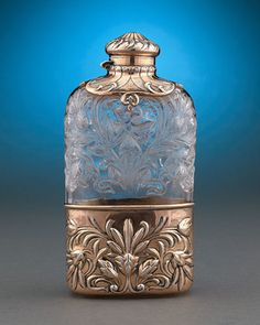 Hawkes Rock Crystal and Gorham Silver Mounted Flask Circa 1890 Cut Glass, Glass Art, Gorham Silver, Antique Perfume Bottles, Gold Handbags, Glass Vessel, Bottles And Jars, Antique Glass, Vintage Silver