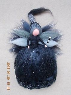 "Waldorf Fee 26 cm ""Estrelle, die dunkle Fee"" Merinowolle -Handmade-Zauberin"