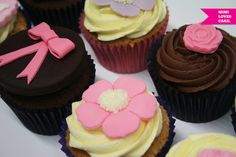 18th Birthday Cupcakes by Mimi Loves Cake, via Flickr.