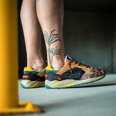 """Bodega x Saucony Shadow 5 """"Tiger Camo"""" Toms Shoes For Men, Track And Field Shoes, Saucony Shoes, Running Sneakers, Nike Air Max, Trainers, Kicks, Footwear, Pumps"""