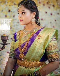 Saree Jewellery, Gold Jewellery, Jewelry, Bridal Silk Saree, Silk Sarees, Magam Work Designs, Black Blouse Designs, Aari Embroidery, Indian Bridal Fashion