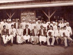 Organisasi-Organisasi Islam di Nusantara | Pendidikan 60 Detik Old Pictures, Old Photos, Islam, Dutch East Indies, Past, Hero, Culture, Education, History