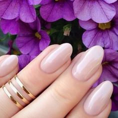 Currently loving nude #nails  #datgirlclothing