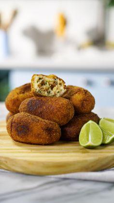 Vegan Gains, Pakora Recipes, Beach Meals, Hamburger Meat Recipes, Portuguese Recipes, Recipes From Heaven, Vegan Desserts, Indian Food Recipes, Food Videos