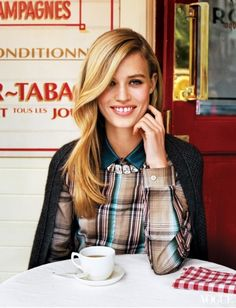 Georgia May in a Parisian style café! #georgiamay #fashioneditorial