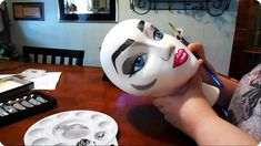 Painting a wig head for my friend