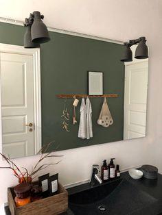 Make-over i soveværelset og på badeværelset Hallway Decorating, Interior Decorating, Interior Design, Nordic Bedroom, Hm Home, Bathroom Kids, Small Toilet, Bathroom Renovations, Room Inspiration