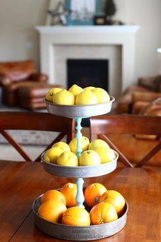 A DIY tiered stand on your shelves kets you stash even more goodies on it! Repurpose old cake pans into a tiered cake stand inspired by Pottery Barn Upcycled Crafts, Diy Crafts, Repurposed Items, Pie Tin, Do It Yourself Baby, Diys, Ideas Prácticas, Craft Ideas, Do It Yourself Inspiration