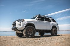 4runner Off Road, Toyota 4runner Trd, Top Tents, Roof Top Tent, Toyota Girl, Rock Sliders, Jerry Can, Mount System