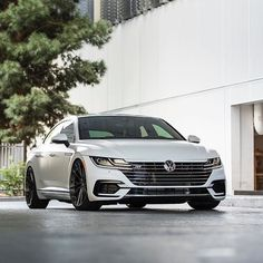Product Highlight: Volkswagen Arteon R-Line on wheels and Tag a friend who would like this! Vw Arteon, Volkswagen Jetta, Vossen Wheels, Dream Garage, Sport Cars, Car Accessories, Cars And Motorcycles, Luxury Cars, Cool Cars