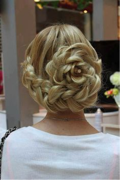 The Hottest Hairstyles for Quinceaneras with Long Hair! | updos for medium length hair | updos for long hair | updos for curly hair |hairstyles