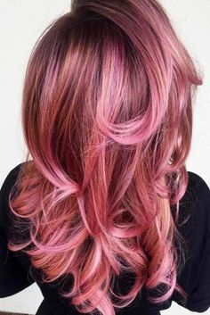 Trends 2018 - Gold Rose Hair Color : Picture Description 21 Breathtaking Rose Gold Hair Ideas You Will Fall in Love With Instantly ★ Saturated Rose Gold Rose Brown Hair, Blond Rose, Rose Gold Hair, Pink Hair, Gold Hair Colors, Ombre Hair Color, Cool Hair Color, Ombre Rose, Cabelo Rose Gold
