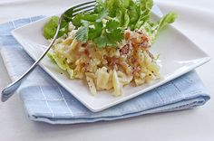 Kinkkukiusaus Finnish Recipes, Lunch Recipes, Cabbage, Vegetables, Food, Eggs, Essen, Cabbages, Vegetable Recipes