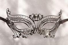 NEW IN Luxury Filigree Metal Masquerade Masks - CHIC