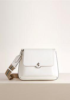 [러브캣 (바지크)숄더백 (LJSHS421IVLC01)] Unique Handbags, Leather Projects, Womens Purses, Beautiful Bags, Small Bags, My Bags, Handbag Accessories, Clutch Bag, Fashion Bags