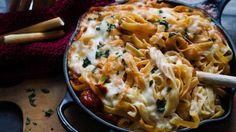 Pasta med tomatsaus og mozzarella_P1041097-2
