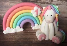 Edible Uniorn and rainbow cake toppers. My Little Pony Party, Unicorn Cake Topper, Baby Girl Birthday, Celebration Cakes, Colorful Pictures, Rainbow Colors, Sweet Sixteen, Baby Shower, Birthdays