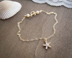 Tiny Starfish Bracelet with Freshwater Pearls . cubic zirconia starfish on gold filled chain . dainty minimal jewelry by CocoroJewelry