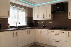An Innova Linwood White Kitchen - http://www.diy-kitchens.com/kitchens/linwood-white/details/