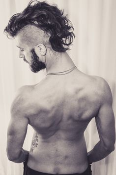 Contemporary Dancer/ Choreography Patrick Photographed by Tristan Ginger (NSFW) Hair And Beard Styles, Long Hair Styles, Beard Cuts, Undercut Mohawk, Kunst Tattoos, Hair Addiction, Boy Tattoos, Scantily Clad, Male Beauty