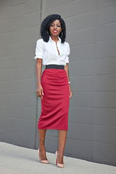 Contrast Waist Midi Skirt Fall Streetsyle Inspo by Style Pantry Daily Fashion, Office Fashion, Work Fashion, Modest Fashion, Spring Fashion, Fashion Looks, Fashion Outfits, Travel Outfits, Skirt Fashion