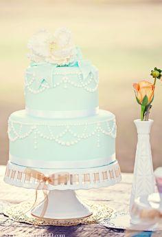 Style Unveiled - Style Unveiled | A Wedding Blog - Tiffany Blue WeddingCake