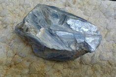 Pedras & Cristais: Cianita Azul