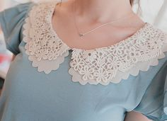 Lace Collar - Was thinking about getting a lace collar to add a touch of femininity and detail to a plain top. Golas Peter Pan, Vintage Outfits, Vintage Fashion, Peter Pan Collars, Peter Pan Collar Blouse, Diy Schmuck, Mode Hijab, White Lace, Blue Lace