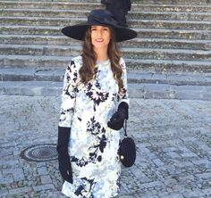 invitada de boda de blanco y negro de lamasmona.com