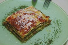 Classic lasagna Keep It Simple, The Dish, Lasagna, Easy Meals, Dishes, Cooking, Classic, Ethnic Recipes, Food