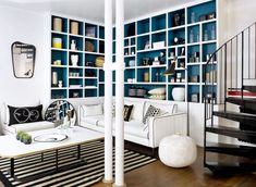 Le salon bleu canard en décoration Style Deco, Decoration, Loft, Colours, Bed, Places, Furniture, Home Decor, Blue Ceilings
