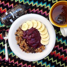 So I just realized that summer passed and I haven't had a single acai bowl! So this morning I had to make up for it! I also had a delicious mug of on the side by greeneatingqueen Acai Bowl, Vegan, Breakfast, Instagram Posts, Summer, How To Make, Food, Acai Berry Bowl, Morning Coffee