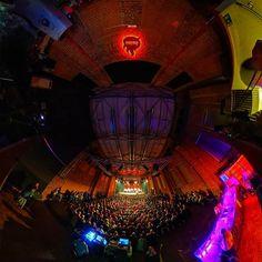 #freiheiz #freiheizhalle #acapella #live #concert #vokaltotal #spectaculummundi #konzert #bliss #livemusic #behindthescenes #360concert #360live #backstage #munich #münchen #club #disco #technik #bühne #freiheizmünchen #munichnights #nightlife #panorama #360pano #lifeallin #explorein360 #lifeis360 #tinyplanet #360gradmünchen