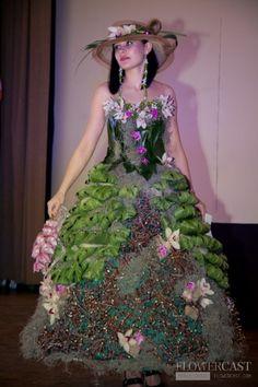 Contest 'Floral dress' in Samara (Russia), 02.04.2011   FLOWERCAST.COM   All about flower design, floristics.