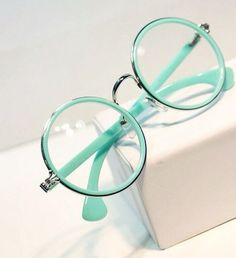 Mint green is my favourite colour, it& so pretty and elegant - turquoise - Mint Green Aesthetic, Aesthetic Colors, Green Aesthetic Tumblr, Lunette Style, Accesorios Casual, Fashion Eye Glasses, Cute Glasses, Pastel Mint, Pastel Fashion