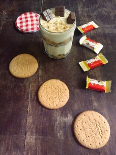 http://blog.giallozafferano.it/undolcealgiorno/cookie-and-mou-cheesecake-in-a-jar/