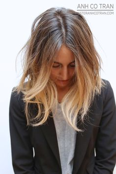 Hair Inspiration: Long Subtle Ombré Bob Via Le Fashion Love Hair, Great Hair, Gorgeous Hair, Pretty Hairstyles, Bob Hairstyles, Shaggy Haircuts, Corte Y Color, Hair Today, Hair Looks