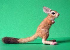 Needle Felted Animals - Cretur Fetur: Yaaay, Springhaas is done!